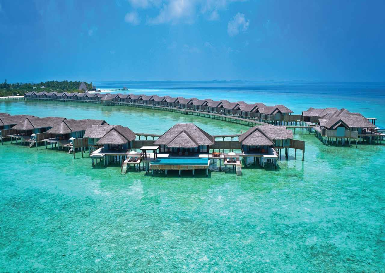 Резултат с изображение за Anantara Kihavah Maldives Villas